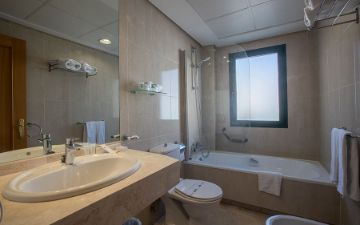 Bathroom Hotel Torremar in malaga